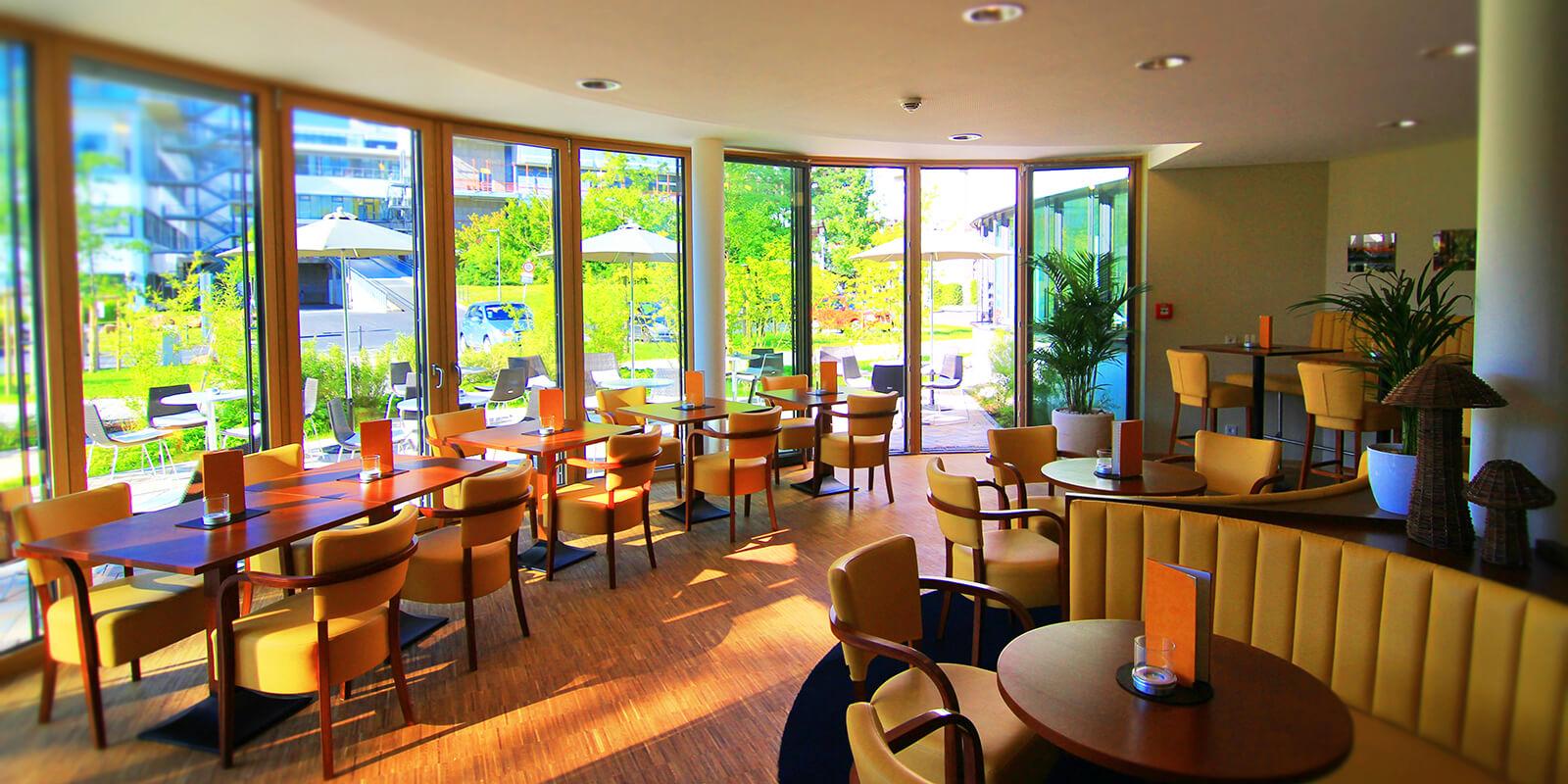 Innenansicht des VILA VITA Café Lahnberge