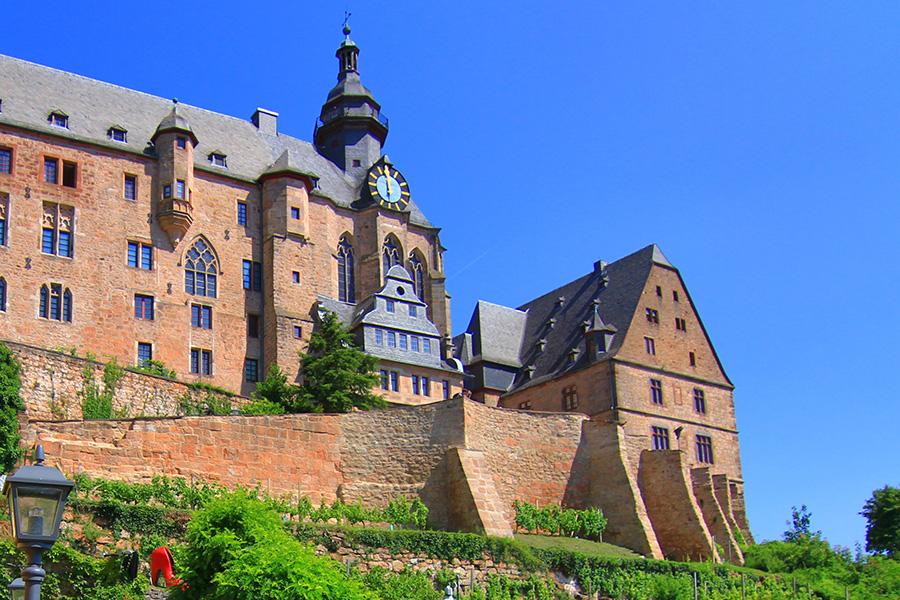 Sicht vom Bückingsgarten auf das Marburger Landgrafenschloss